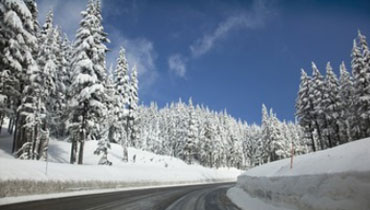 se rendre en station de ski hivernale ou aller en station estivale, cure